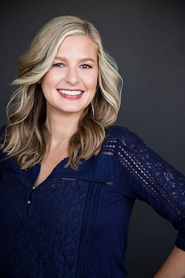 Photo of American comedian, Christina Pazsitzky.