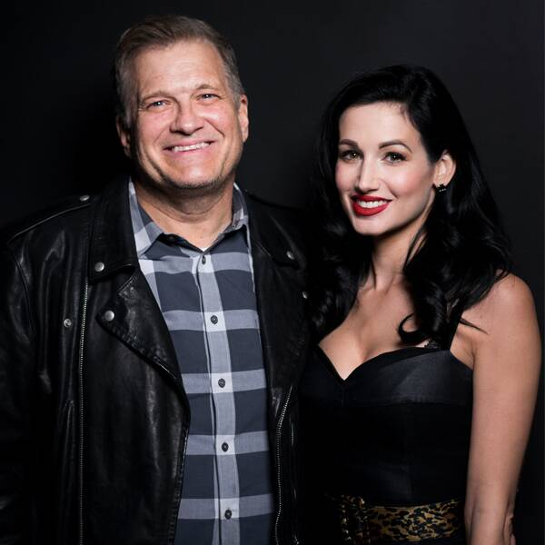 Image of stand-up comedian, Drew Carey and his ex-fiancee